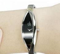 Calvin Klein 女士时尚腕表 K2C23102 75美元约¥516(京东1199元)