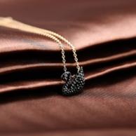 情人节礼物:Swarovski 施华洛世奇 黑天鹅水晶项链 5204133