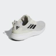 9.11日:adidas Alpha Bounce RC 米白