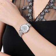 张钧甯同款:ARMANI 阿玛尼 镶钻满天星系列 珍珠贝母石英女士手表 AR1925