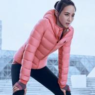 张钧甯同款 adidas 阿迪达斯 JACKETDOWN 女士羽绒服