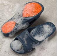 小编到货好评!45度不下滑、FDA认证:科柔 男女款防滑拖鞋 券后39元包邮(专柜价148元)