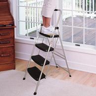 安全梯第一品牌:1.5米 美国 稳耐 家用多功能四步人字折叠梯244-5CN 折后189.5元包邮(天猫349元)