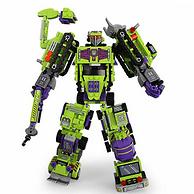 兼容乐高,可动:新森宝 6合1积变大力神 709颗益智拼装玩具