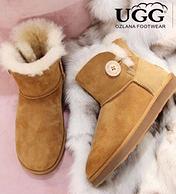 防水羊皮毛一体:Ozlana UGG 加绒低筒雪地靴