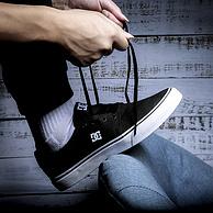 美国DC正版、独家Pill Panttern技术:DCSHOECOUSA 经典黑白男女 板鞋