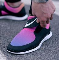 2015年新款:Nike 耐克 Free 赤足系列 Socfly 极简时尚跑鞋