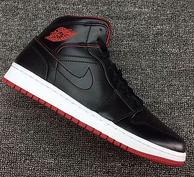 Nike 耐克 男子AIR JORDAN 1 MID篮球鞋