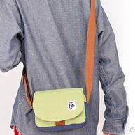 CHUMS 洽洽鸟CH60-2027 男女款棉帆布单肩包 149元包邮包税