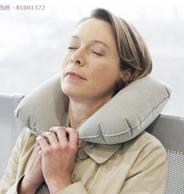 柏纳充气午睡枕头 9.9元包邮或者59金币兑换 9.9元包邮或者59金币兑换