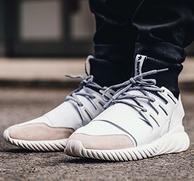 小椰子,Adidas阿迪达斯 TUBULAR DOOM BA7554男士运动鞋 prime会员直邮含税到手556元(官网1299元无货)