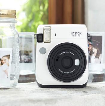 3倍差價!自拍+三段式對焦!Fujifilm Instax Mini 70 拍立得相機 40美元約¥277(天貓799元) 買手黨-買手聚集的地方